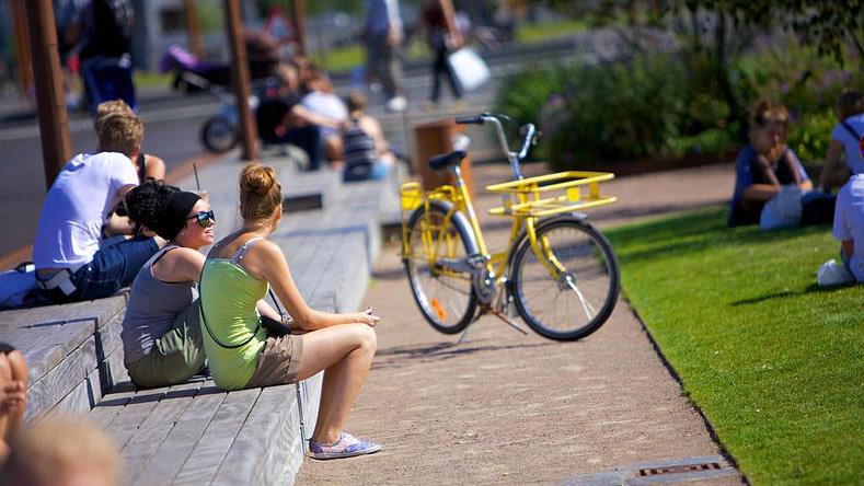 piger_cykel_havnefront